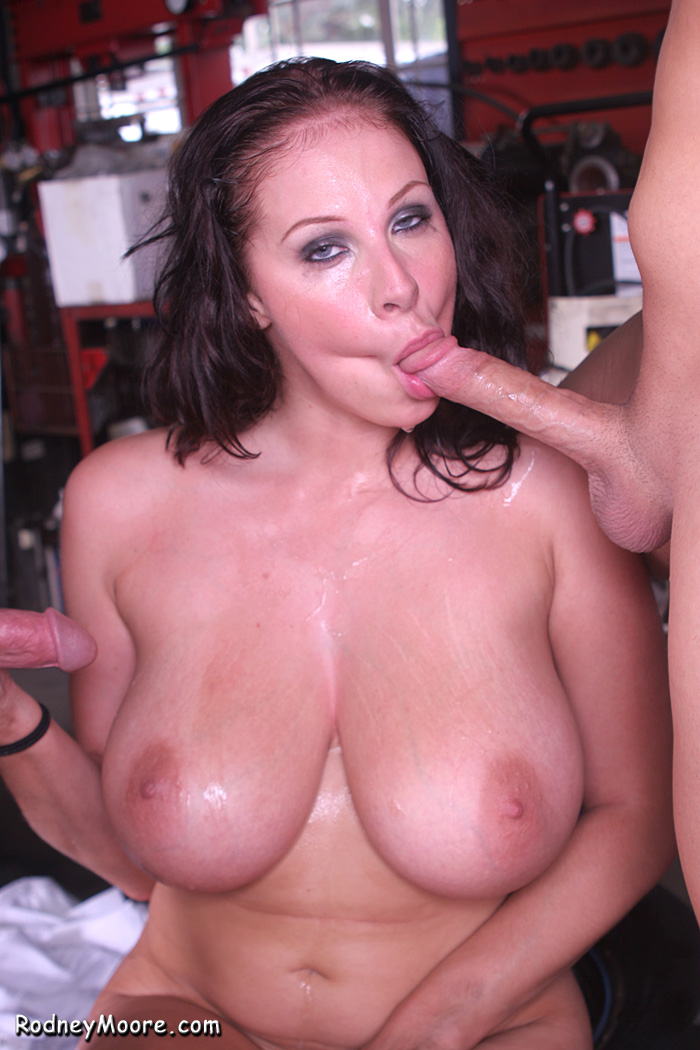 She's incredible Xhamster rodney moore thick